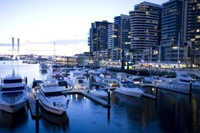 Docklands Apartments Grand Mercure