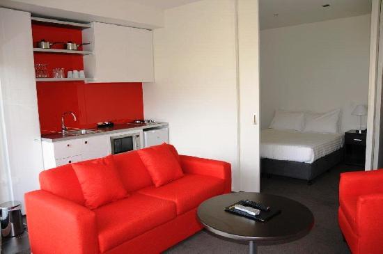 Premium 1 Bedroom Queen or Twin Apartment