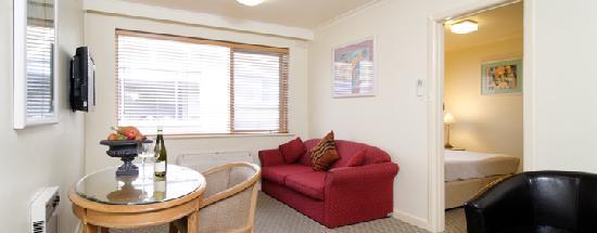 1 Bedroom Apartment Albert