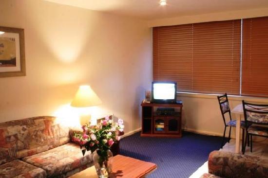 2 Bedroom Apartment Economy