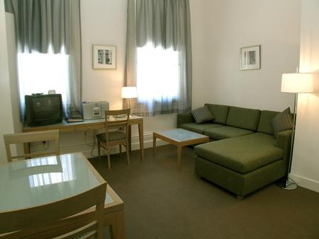 2 Bedroom 2 Bathroom Apartment Discount Melbourne Cbd Extended Stay